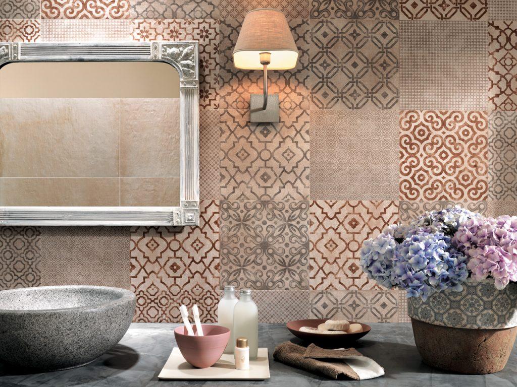 obklady do koupelny s dekory patchwork mix barev velkoformátové