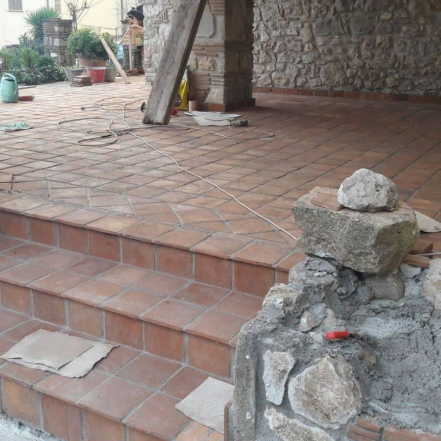 terakota půdovky cihelná dlažba schody