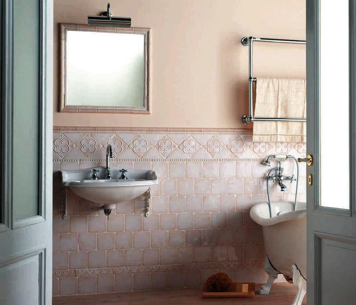 retro koupelna vana obklady béžové