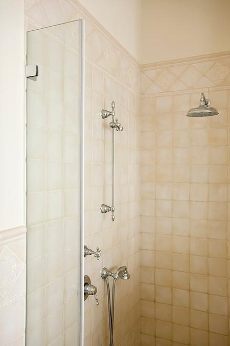 retro obklady do sprchového koutu