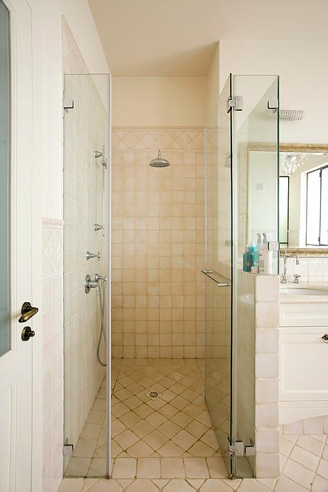 obklady do sprchového koutu retro vintage