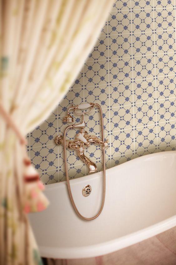 romantické vintage obklady do koupelny