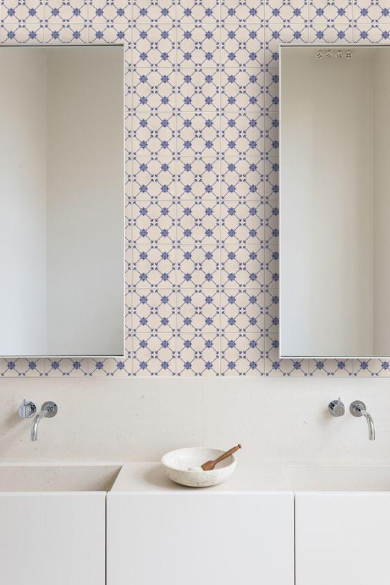 vintage romatické obklady do koupelny 15x15