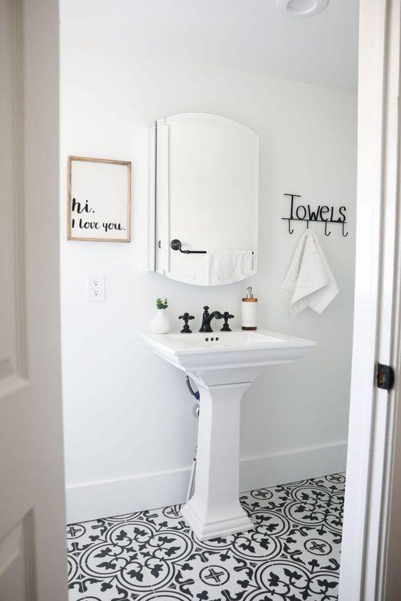 minimalistická koupelna dlažba orientální