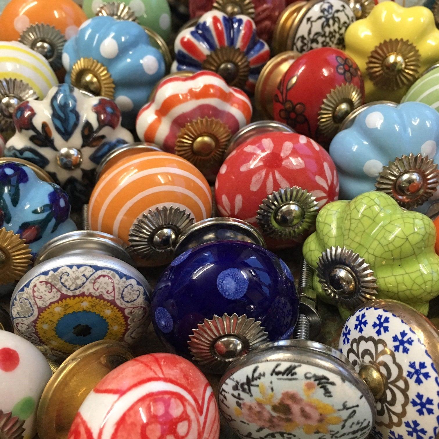 keramické úchytky selské vintage